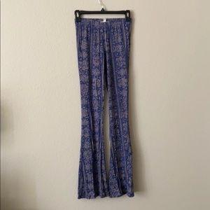 Purple purple design tight billabong flare pants.